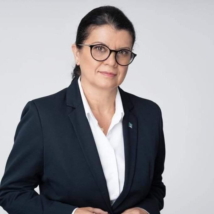 """Vetuţa Stănescu, reacţie dură la adresa """"groparilor Termocentralei Mintia"""""""
